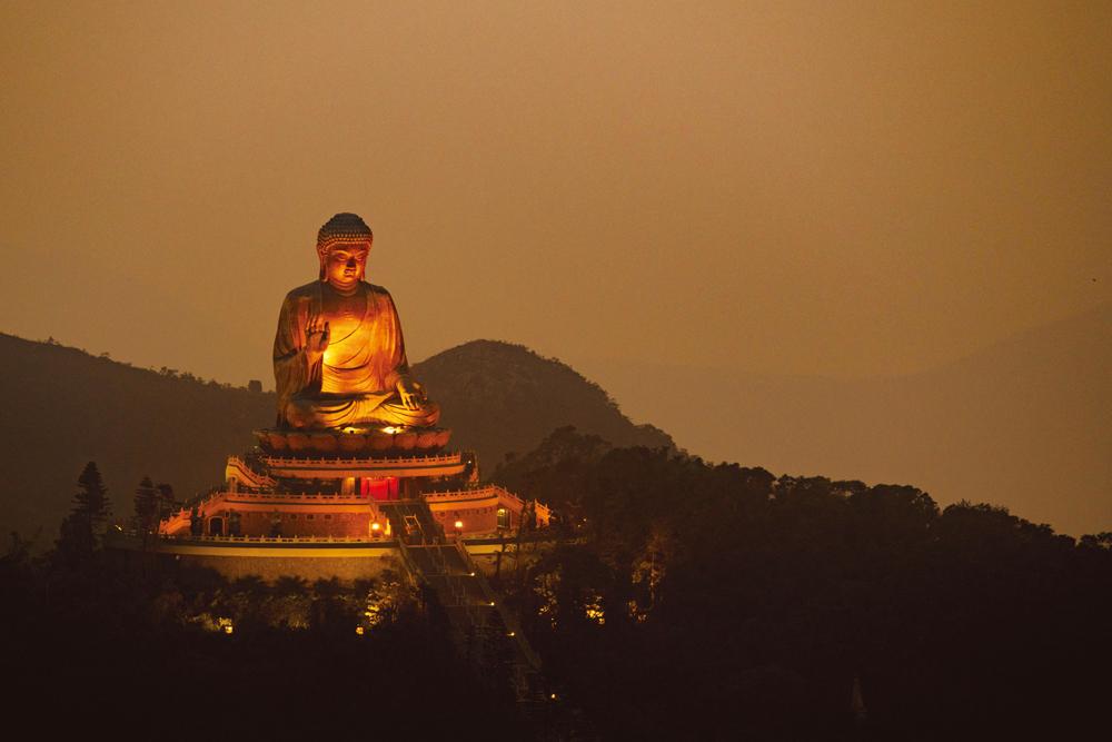 1993年開光的天壇大佛,已成為寶蓮禪寺的標誌。