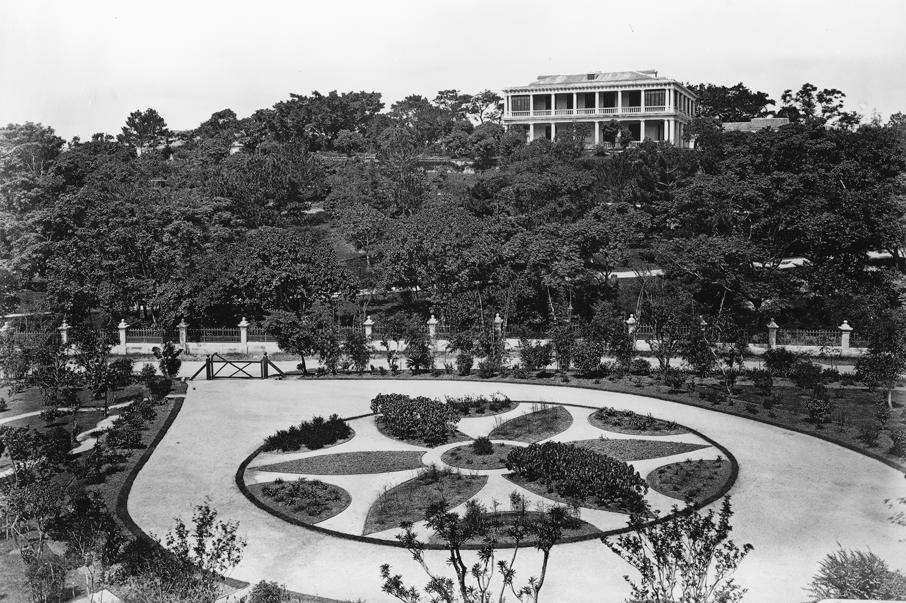 1868年,位於東角的渣甸花園,佔地龐大。
